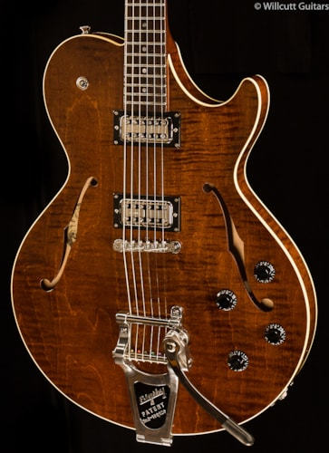 Collings Soco LC 16 Walnut Bigsby (110) Soco LC 16
