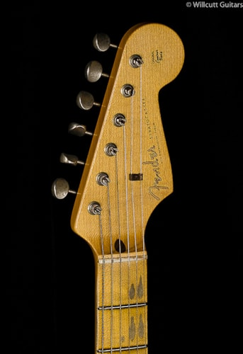 Fender® Custom Shop 1958 Journeyman Relic® Stratocaster® Chocolate 3-Tone Sunburst (689) Custom Shop 1958 Journeyman Relic® Stratocaster®