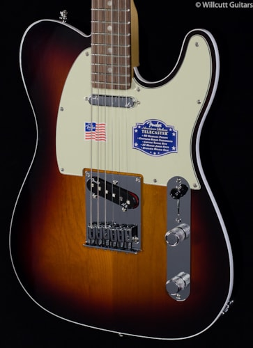 Fender® American Deluxe Telecaster® 3-Color Sunburst Rosewood (866) American Deluxe Telecaster®