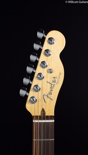 Fender® American Deluxe Telecaster® 3-Color Sunburst Rosewood (326) American Deluxe Telecaster®