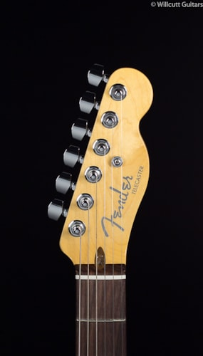 Fender® American Deluxe Telecaster® 3-Color Sunburst Rosewood (493) American Deluxe Telecaster®