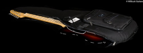 Fender® American Special Telecaster® 3-Color Sunburst (958) American Special Telecaster®