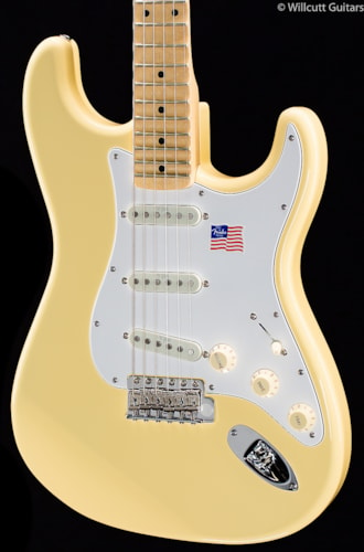 Fender® Yngwie Malmsteen Stratocaster® Vintage White, Scalloped Maple Fingerboard (876) Yngwie Malmsteen Stratocaster®