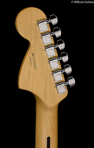 Fender® American Special Stratocaster® 2-Color Sunburst Rosewood (930) American Special Stratocaster®