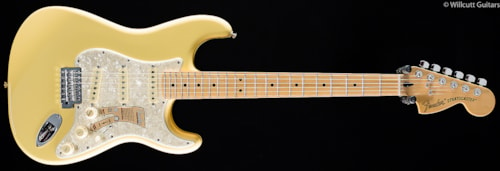 Fender® Deluxe Roadhouse™ Stratocaster® Vintage White (352) Deluxe Roadhouse™ Stratocaster®