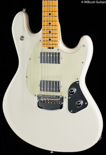 Ernie Ball Music Man Stingray Ivory (840) Stingray