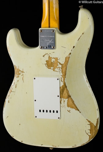 Fender® Custom Shop Limited Edition 1956 Relic® Stratocaster® Faded Desert Tan (690) Custom Shop Limited Edition 1956 Relic® Stratocaster®