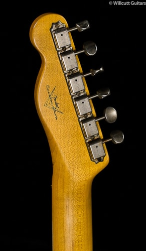 Fender® Custom Shop 1959 Telecaster® Journeyman Relic® 3-Tone Sunburst (158) Custom Shop 1959 Telecaster® Journeyman Relic®