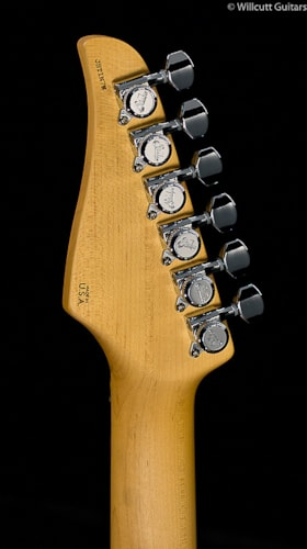 Suhr® Classic Pro Olympic White SSS (17) Classic Pro