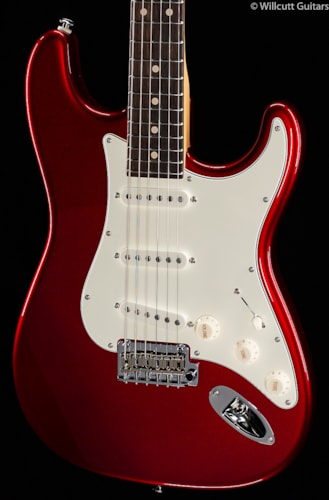 Suhr® Classic Pro Candy Apple Red SSS (97) Classic Pro
