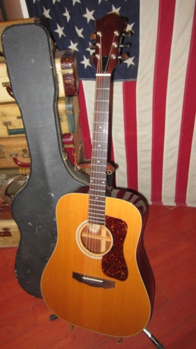 1976 Guild® D-35 NT Dreadnought Acoustic