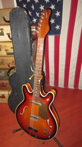 1967 Danelectro Coral Firefly