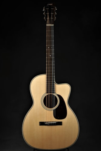 Collings 0002H - Cutaway/Collings Signed