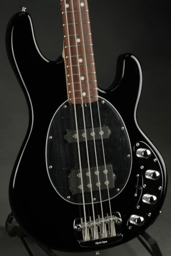 ERNIE BALL MUSIC MAN Sting Ray HS - Black