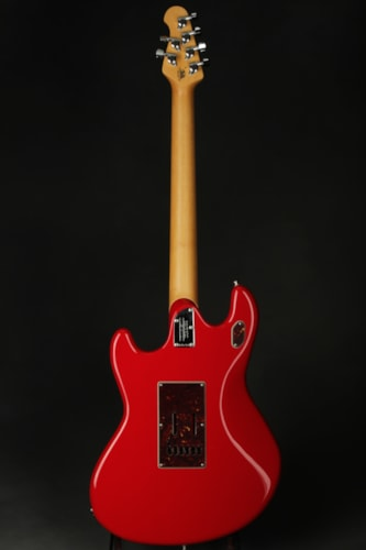 ERNIE BALL MUSIC MAN Sting Ray Guitar - Chili Red