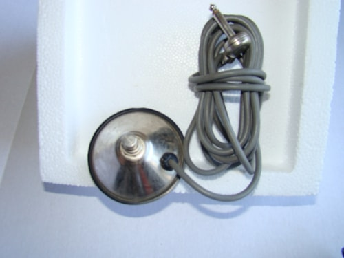 Fender® Single Button Foot Switch (Vintage)