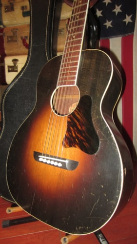 ~1945 Regal Radio Tone Small Bodied Flattop Acoustic