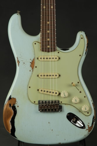 Fender® Custom Shop 1962 Stratocaster® Heavy Relic® - Faded Sonic Blue