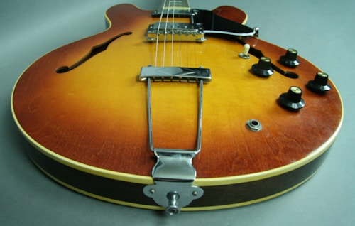 1971 Gibson Vintage Sunburst ES-335TD Semi Hollow Electric Guitar w/OHSC