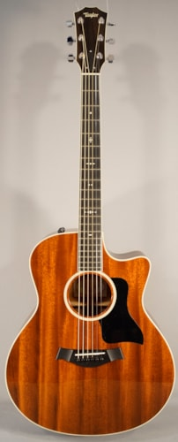 Taylor Guitars  USED! Taylor 526CE Acoustic Guitar With Case!