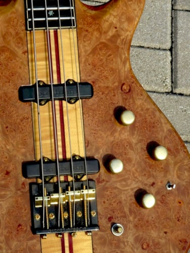 1982 Moonstone Eclipse Deluxe Bass