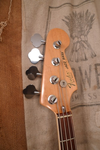 1982 Fender Jazz Bass