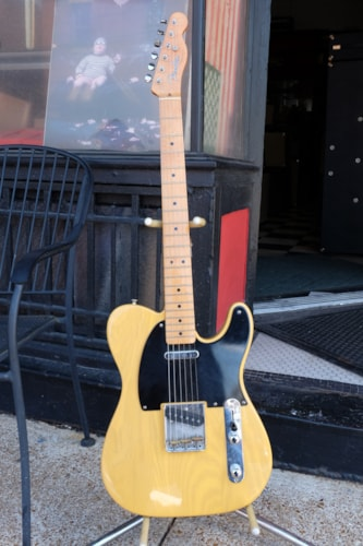 2000 Fender® 52 Re-issue Telecaster®