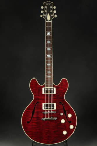 Collings I-35 Deluxe - Actual Instrument Reviewed by Guitar Aficionad