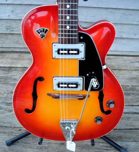 ~1968 Julio Giulietti arch top jazz guitar