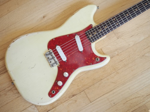 1963 Fender® Duo Sonic Vintage Electric Guitar Pre-CBS Mustang®