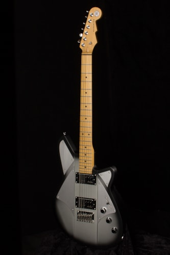 2016 REVEREND Corgan Signature