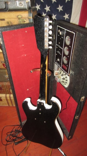 ~1964 Silvertone Model1448 Single Pickup Amp in Case