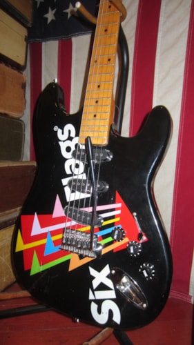 ~2000 New Gibson  Six Flags Electric Guitar