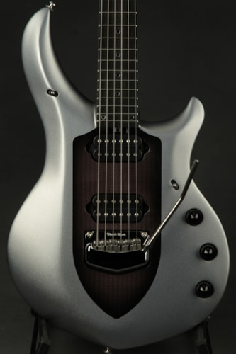 ERNIE BALL MUSIC MAN Majesty - Silver Lining