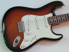 2000 Fender® American Series Hardtail Stratocaster®