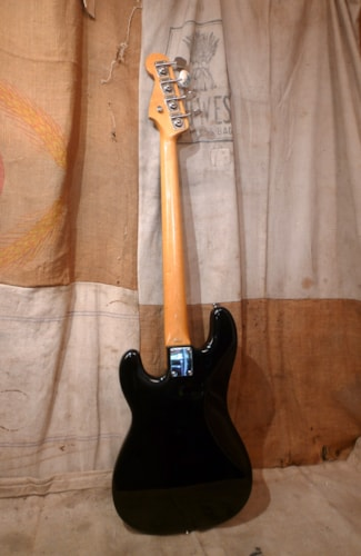 2004 Fender® Precision Bass®