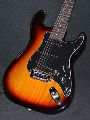 2015 G&L Legacy Tribute