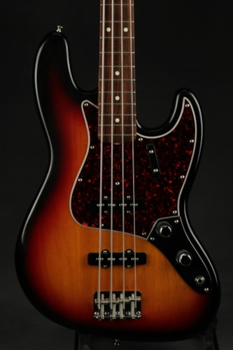 Fender American Vintage '62 Jazz Bass - Three Tone Sunburst