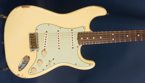 2016 Fender® Custom Shop '64 L Series Stratocaster®