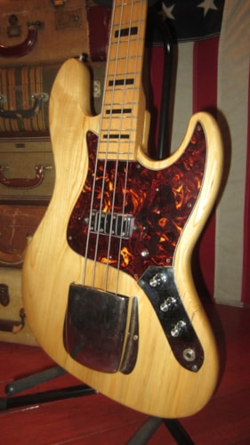 ~1971 Global Jazz Bass® Copy