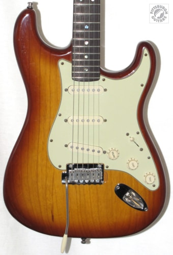 2007 Fender® American Deluxe Series Ash Stratocaster®