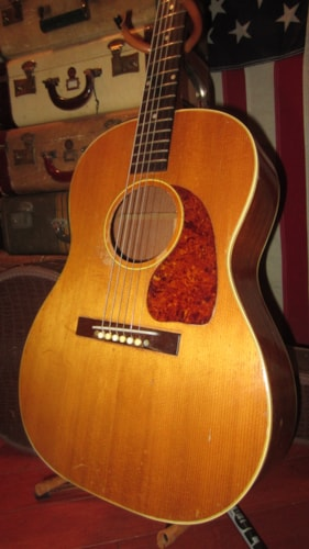 Gibson LG-3 Small Bodied Acoustic