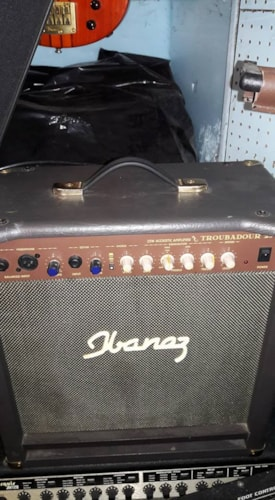 2008 Ibanez Troubadour 25  acoustic guitar amp/mini pa
