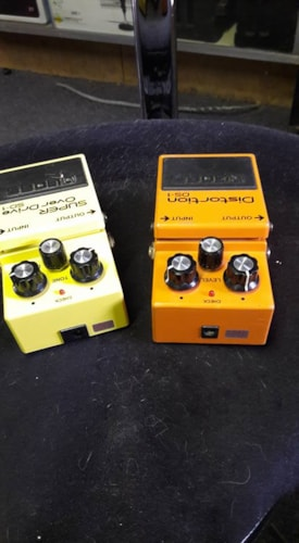 Boss 2 pedals SD-1 and DS-1