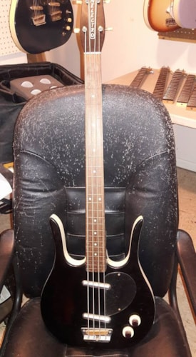 2002 Danelectro Longhorn bass frets  frets removed/black from