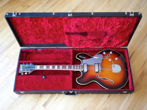 ~1965 WELSON DS2 Vintage Hollowbody Electric Guitar Near Mint & Stock