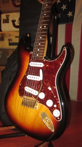2006 Fender® Deluxe Player's Stratocaster®