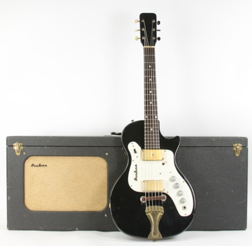 1964 Airline 7214 Amp in Case