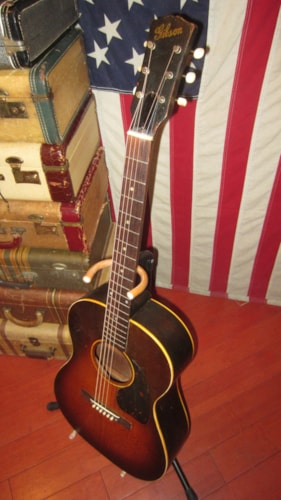 1946 Gibson LG-2 Small Bodied Acoustic