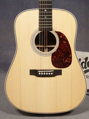 2016 Martin HD-28 CUSTOM WITH ADIRONDACK TOP, WIDER FRETBOARD & CASE